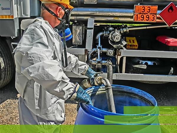 Noleggio-mezzi-trasporto-prodotti-chimici-Brescia