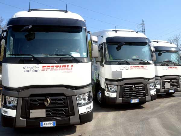 Camion-ADR-con-compressore-lombardia