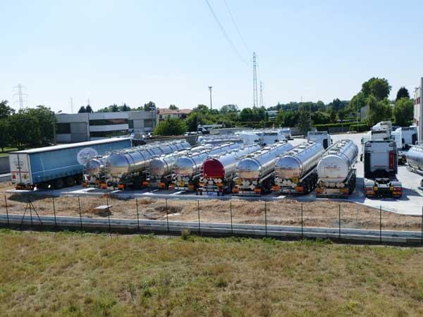 Noleggio-mezzi-movimentazione-merci-brescia-lombardia
